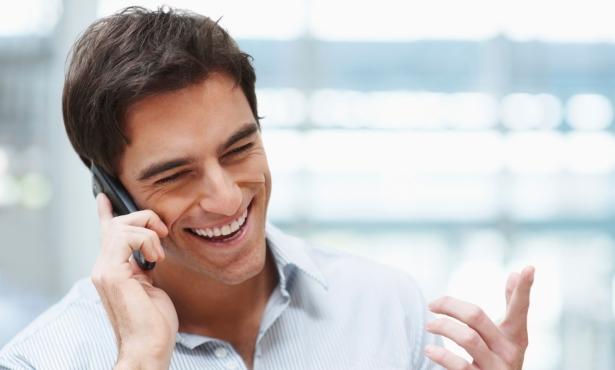 Много от успешните сделки стават по телефона