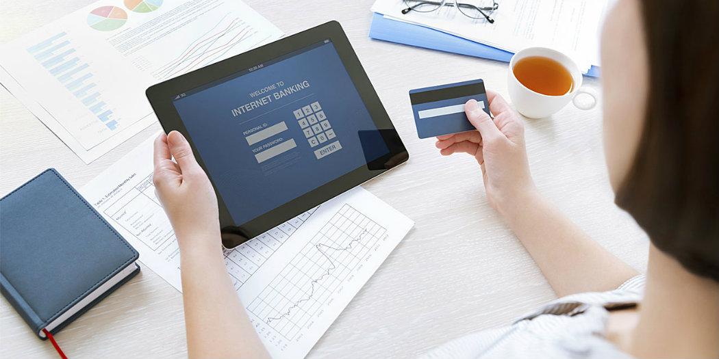 Защо аз използвам електронно банкиране, а приятелите ми - не